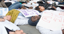Medical students demonstrate in solidarity with #WhiteCoats4BlackLives. (Photos by William Atkins)