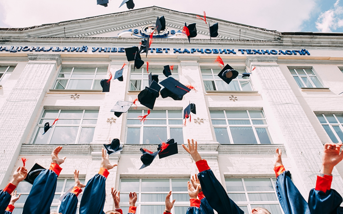 throwing graduation caps
