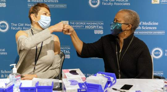 Drs Haywood and Williams receive COVID-19 vaccines